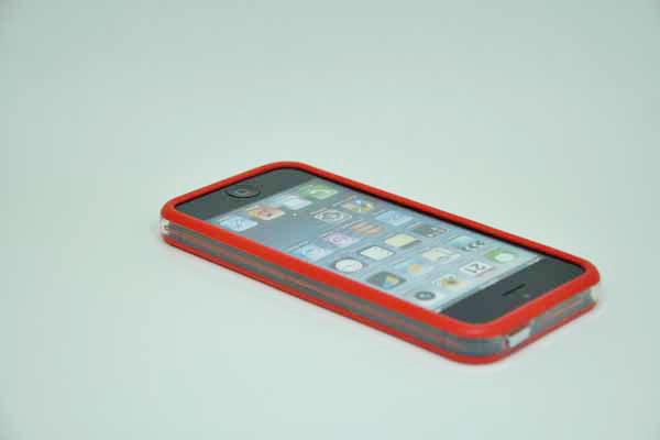 iPhone 5/5S/SE Bumper, rot