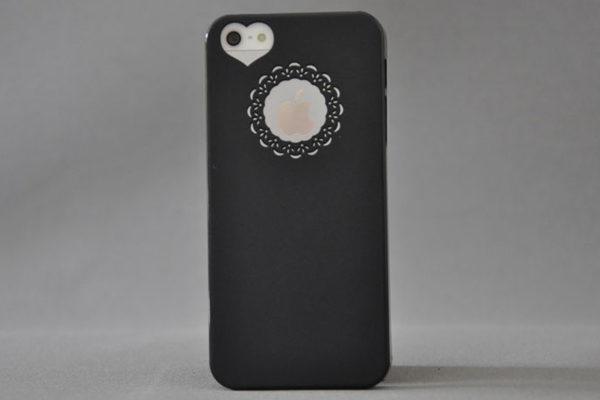 iPhone 5/5S/SE Hard-Back-Cover mit Herz-Kameraloch, schwarz
