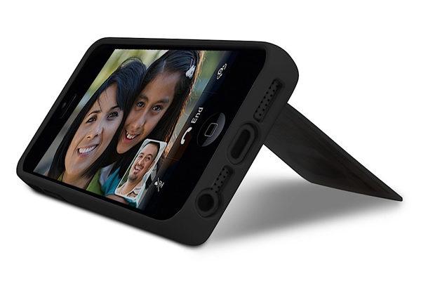 Marware Stash · Cleveres Polycarbonat Case mit Kreditkartenslot und Standfunktion für iPhone 5/5S/SE, schwarz