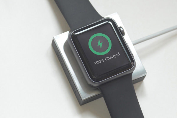 Native Union Apple Watch Anchor - Edler Nachttisch-Anker für Apple Watch, grau/Stahl