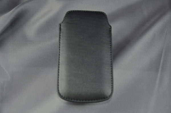 Bridge94 iPhone 5/5S/5C/SE PU-Leder Pull-Tab, schwarz