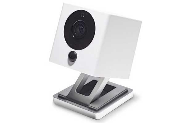 iSmartAlarm Kamera SPOT - WiFi Überwachungskamera, Remote steuerbar, mit Nachtsichtfunktion & HD Auflösung, weiss