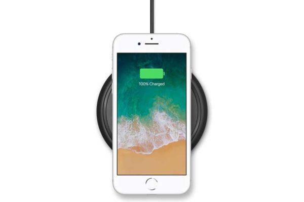 Mophie Wireless Charging Base für iPhone 8/8Plus sowie iPhone X - MFI Ladestation mit Qi Wireless Technologie, schwarz