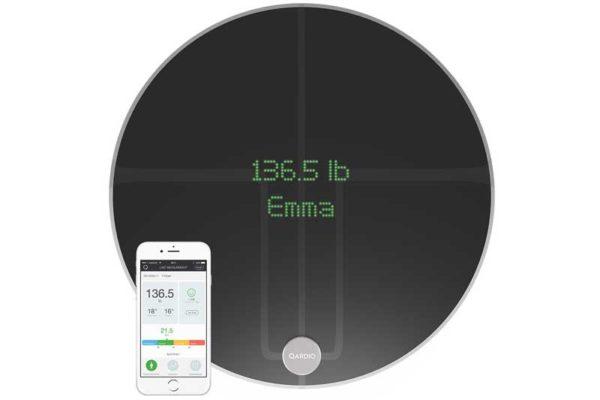 QardioBase 2 - Edle, wiederaufladbare, drahtlose Waage mit Gewichts-, BMIs sowie Muskel- oder Wassergehalt-Messung, schwarz
