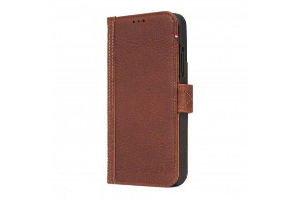 """Decoded Leather Card Wallet - Noble Tasche aus hochwertigem Leder für Ihr iPhone Xs Max (6.5"""") mit Drop Safe Military Standard, elastischem Verschluss und kompaktem Backcover mit Platz für Ihre Bankkarten - Cinnamon Brown"""