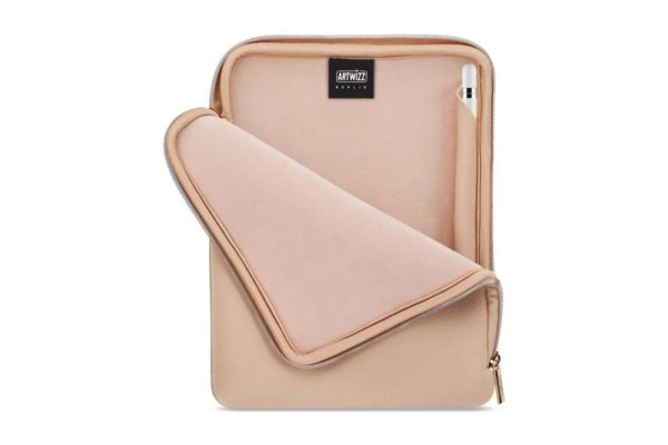 Artwizz-Neopren-Sleeve-Reissverschluss-iPad-Gold-2