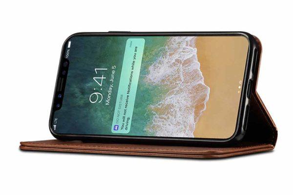 Mobiletto-iPhone-X-XS-Siena-Vintage-Hülle-Kreditkartenfächern-Standfunktion-braun-2