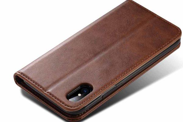 Mobiletto-iPhone-X-XS-Siena-Vintage-Hülle-Kreditkartenfächern-Standfunktion-braun-4